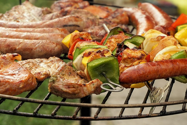 Hosting the perfect braai for National Braai Day | GotPoperty