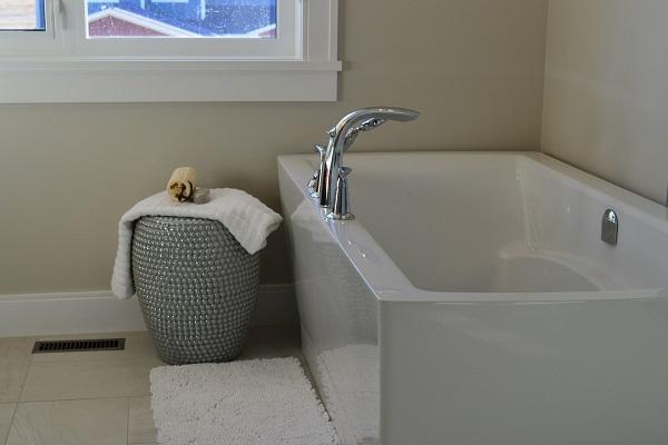 Tips for buying a bathtub   GotProperty